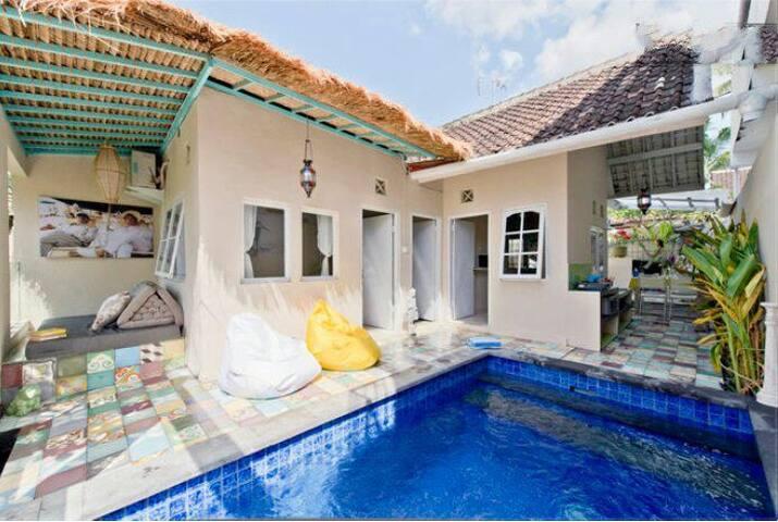 Romantic casa canggu with pool, wifi and view ps2 - North Kuta - Hus