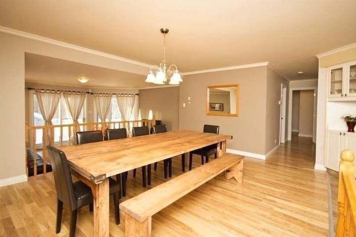 Fully renovated home Mont Tremblant - Mont-Tremblant - House