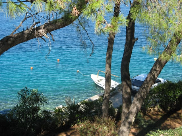 Just by the sea - apartment on island - yellow - Rogač - Appartamento