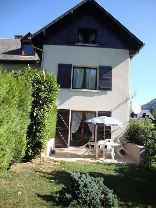 Appartement en rez de jardin appartements louer for Appartement atypique haute garonne