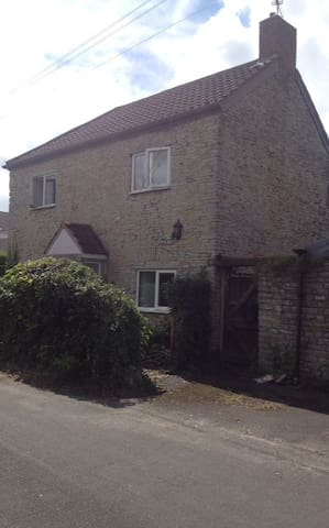 Candy Cottage, The Main Bedroom - Stoke Gifford - Talo