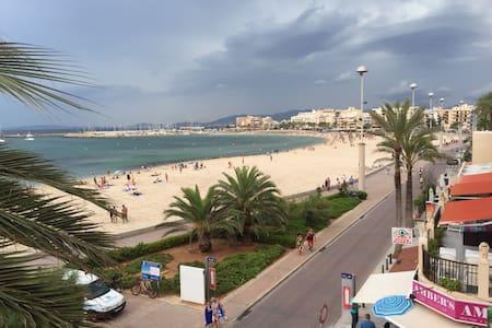 Apartamento en primera línea de playa - Can Pastilla - Apartment
