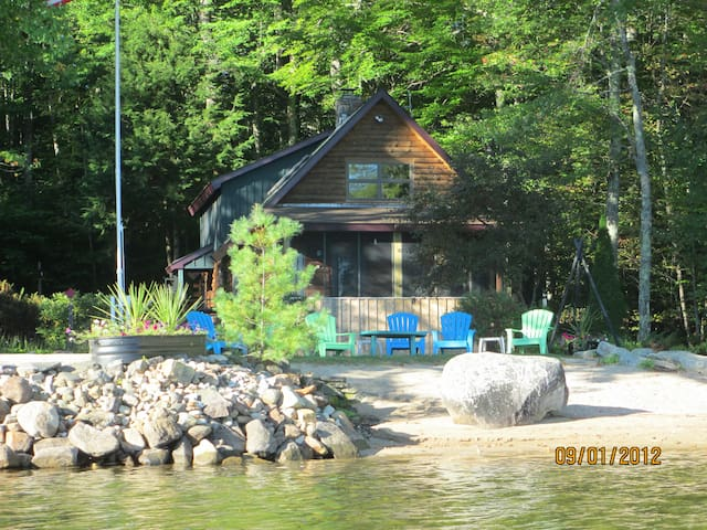 Up Country on Lake Wentworth - Wolfeboro - Huis