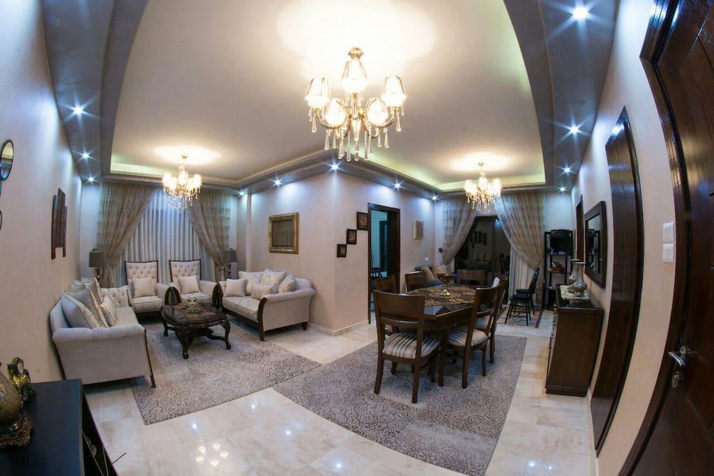 Guest room +
