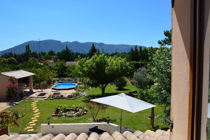Chambre d'hôtes en Provence/Luberon - Robion - Bed & Breakfast