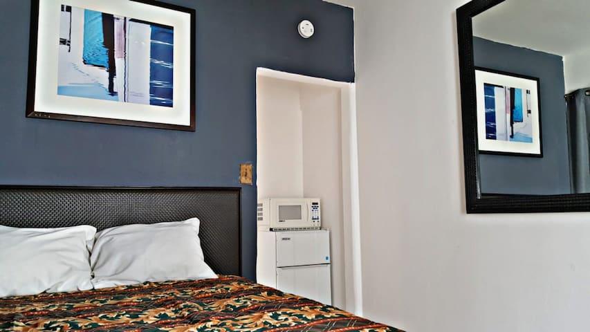 Mini suite in Revolution Avenue TJ #12