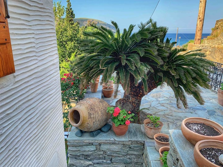 Cycladic, Stylish Home 50m. from the Beach