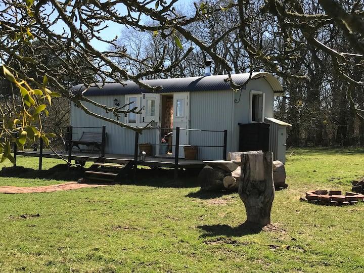 Hideaway Hut, Gloucestershire
