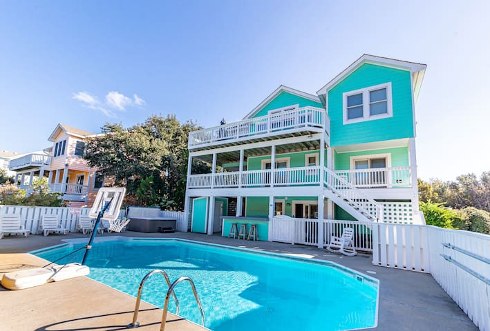 D0598 Family Tradition. Duck Landing Amenities, Oceanside, Pool, Hot Tub | 6 Bedroom, 5 Bathroom