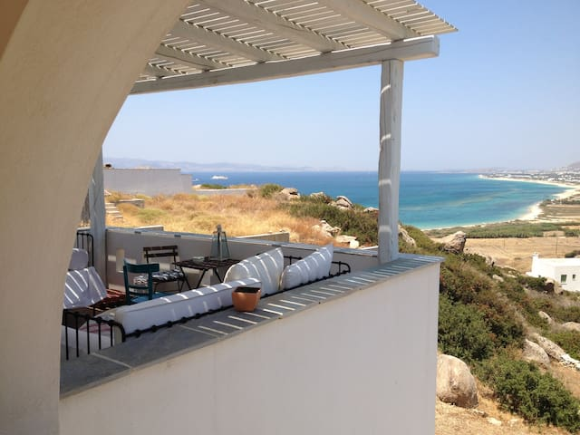 Villa Kiko Orkos beach, Naxos, Greece 6/8 persons - Naxos - House