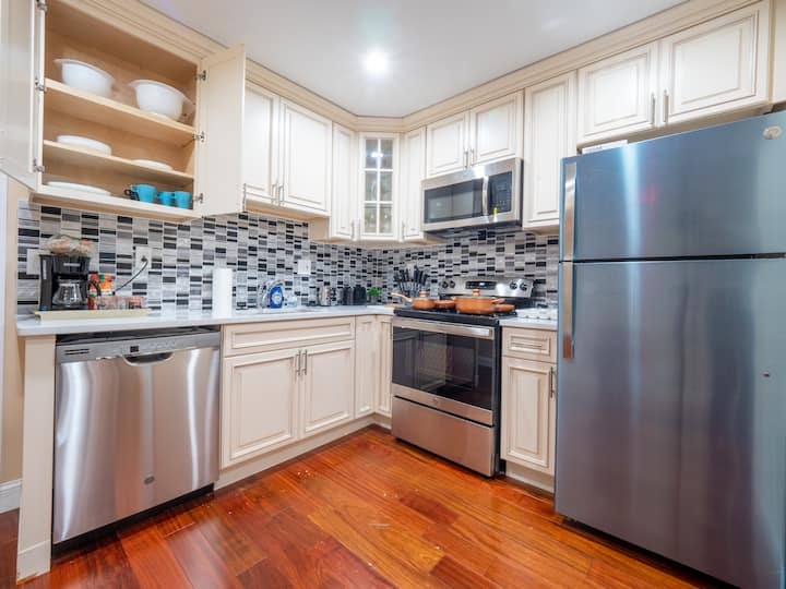 Double King Bed Suite In Rittenhouse / Center City