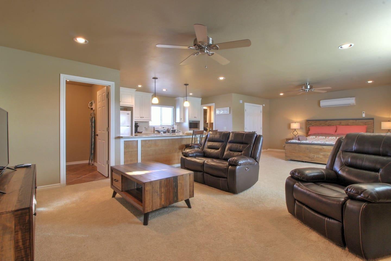 Full View of Glenavon Studio Apartment