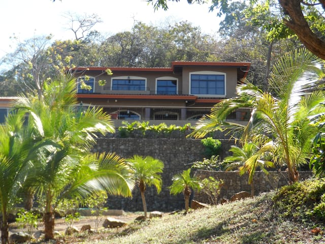 Pacific View Villa , Private Pool - Playa Hermosa - Haus