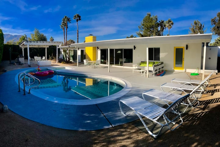 Mid Century Gem Pool Home in PS