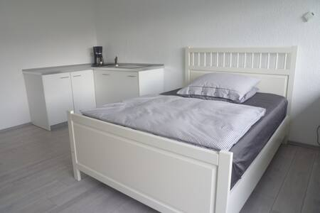 Komfortables Apartment 1-2 Pers. - Grevenbroich - Apartment