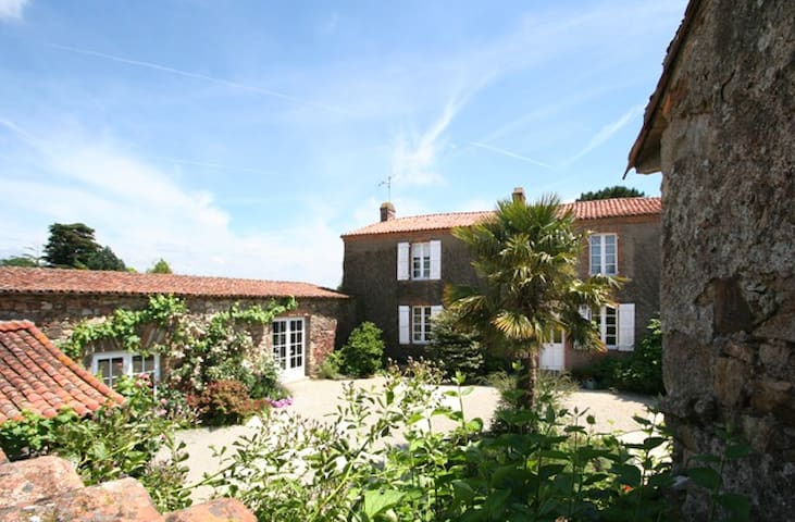 Au coeur du vignoble Nantais - Le Landreau - Bed & Breakfast