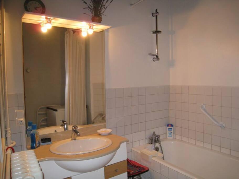 Salle de bain(baignoire)