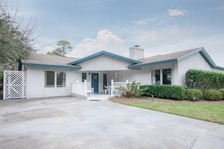 One of Jekyll's Top Rental Homes, Seaview Cottage!