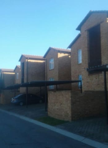 2 Bedroom HoneyPot Ridge Apartment