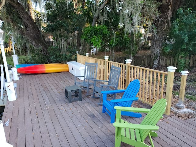 Sand dollar Cottage By River 1.3 Mi 2 Bonita Beach