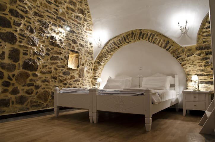 Medieval Suite  - Mestá - Apartmen