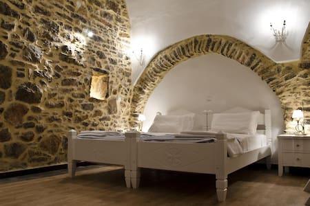 Medieval Suite  - Mestá - Appartement