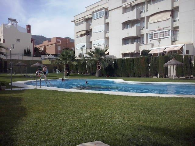 Acogedor piso de 2 dormitorios - Aguadulce ( Almería )