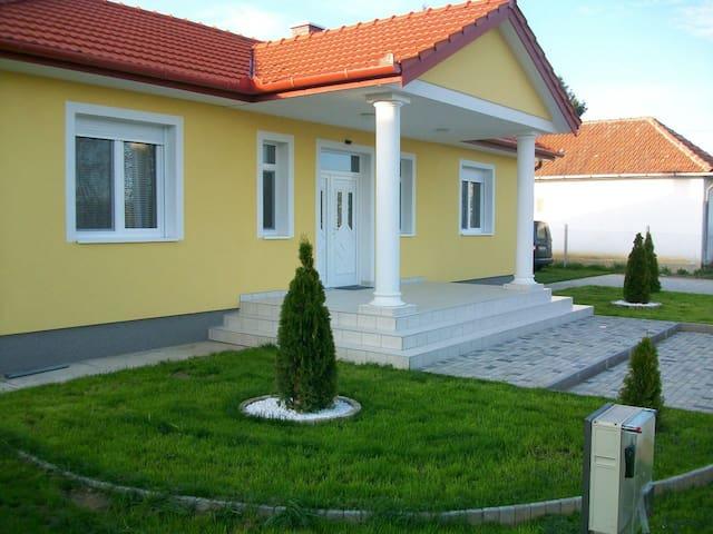 Tolles Haus - Pure Erholung - Szamosangyalos - Casa