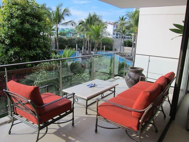 Luxury New Condo - Marina Vallarta - Puerto Vallarta - Byt