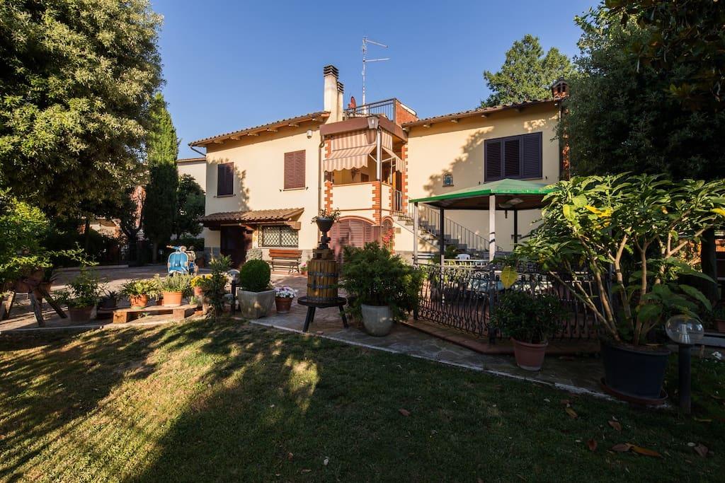 Casa biagiotti di biagiotti e ricci case in affitto a - Ricci casa milano ...