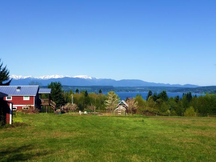 Barn with a View: Organic Farm Loft Trails Beaches