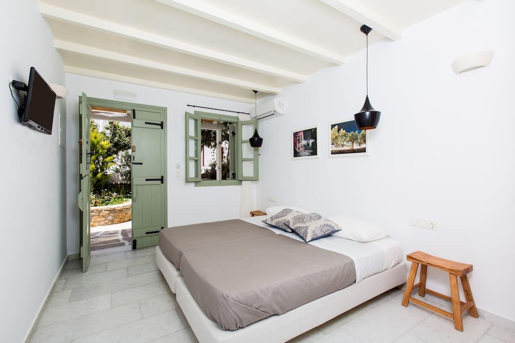 Elagant Room