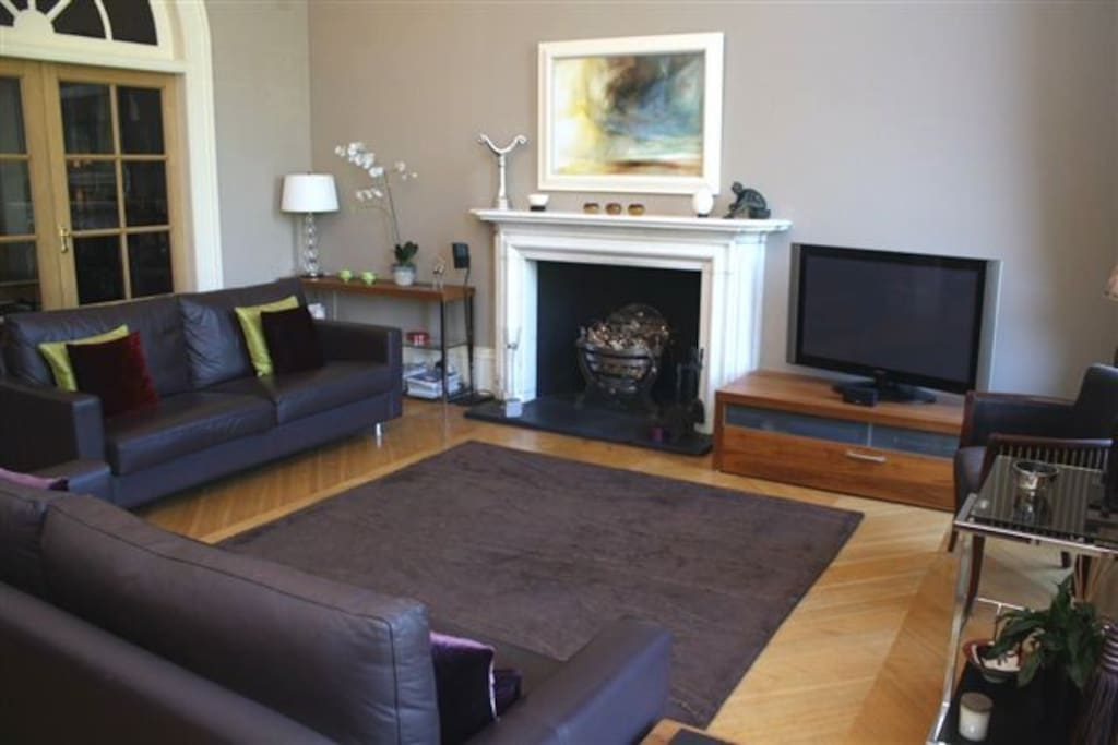 Elegant and spacious lounge on the first floor