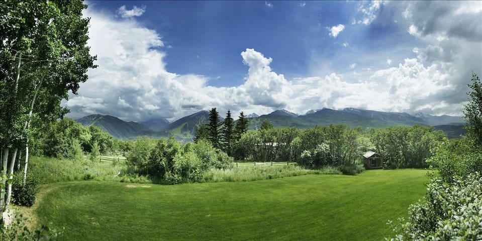 Incredible 180' VIEWS-Aspen Home-POOL+GYM+TENNIS - Aspen - Dům