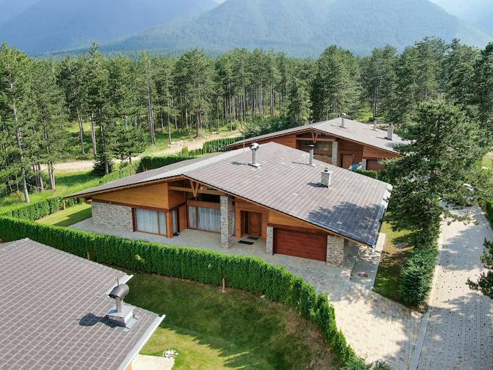House Mountain - Pirin Golf & Country Club