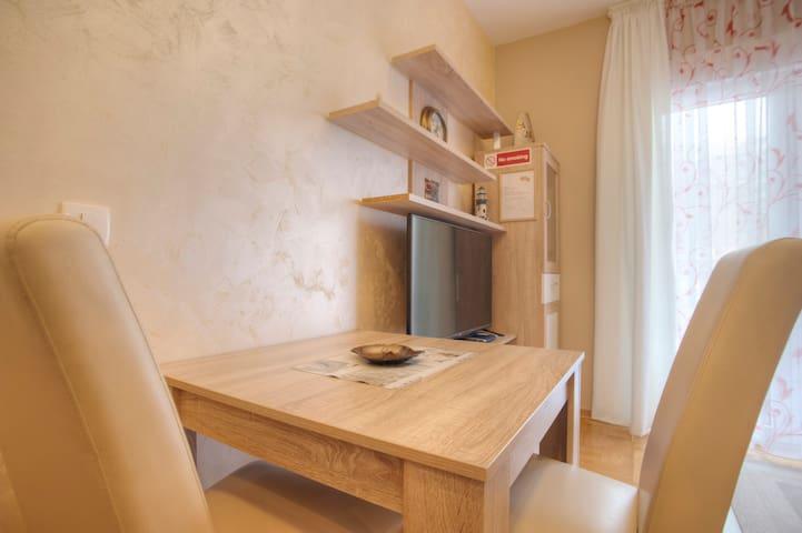 Romantic studio for 2 people in BUDVA,MONTENEGRO