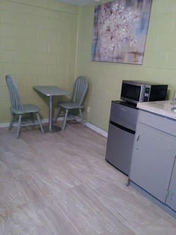 Studio in McAllen Comfortable Private Entry