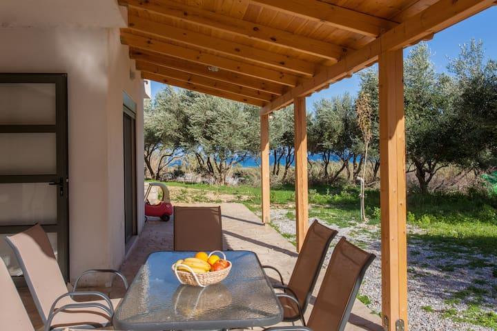 Olive Tree Farm by the beach-Meleva - Episkopi - Appartement