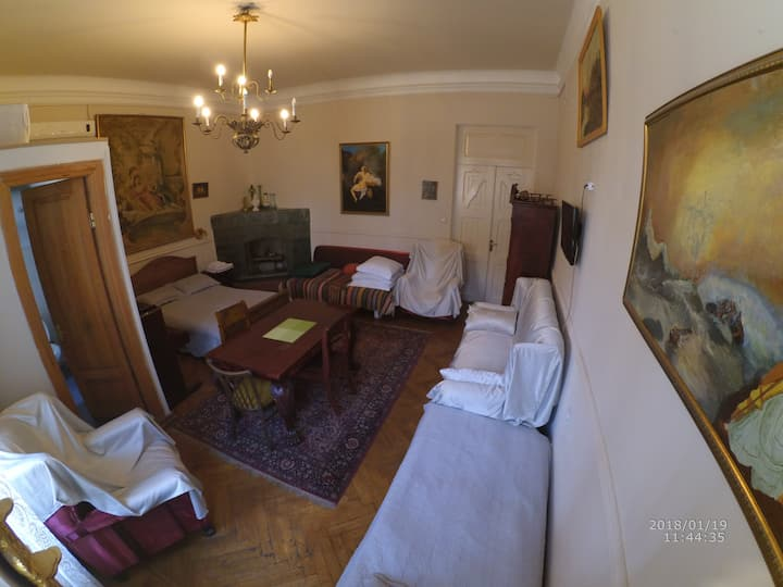Gutsa Guest House Suite