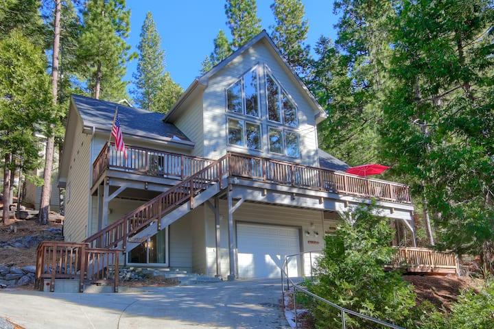 Yosemite Alpine Hut
