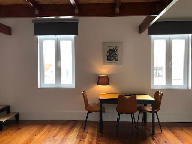 Unique apartment w/ mezzanine for 3 in guesthouse