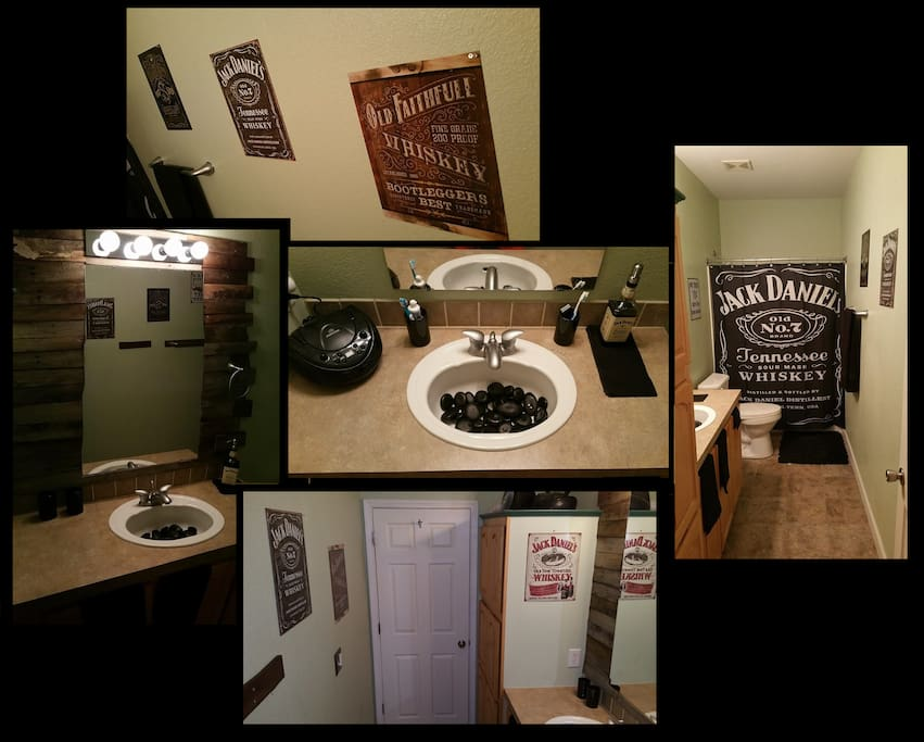 """Whisky Room"" Whisky themes bathroom.  'nuff said!"