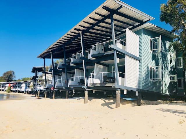 Couran Cove Island Resort - Marina Apartment