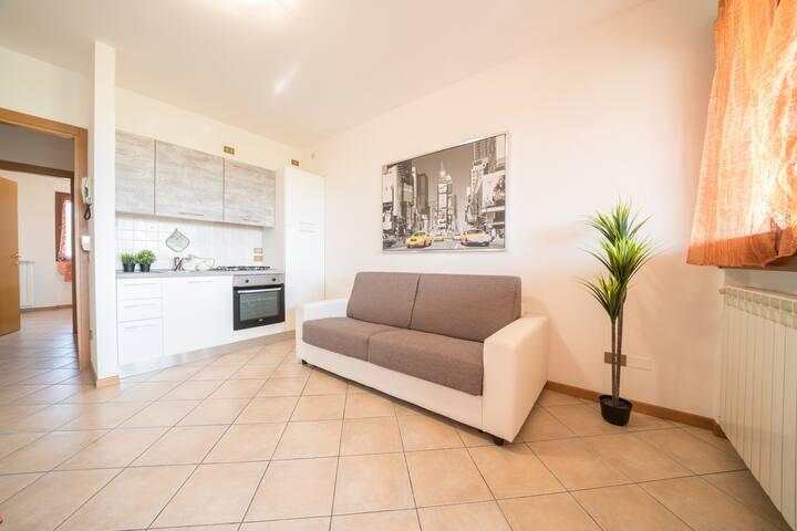 Bright Apartments Desenzano - Cascinale Pool 2