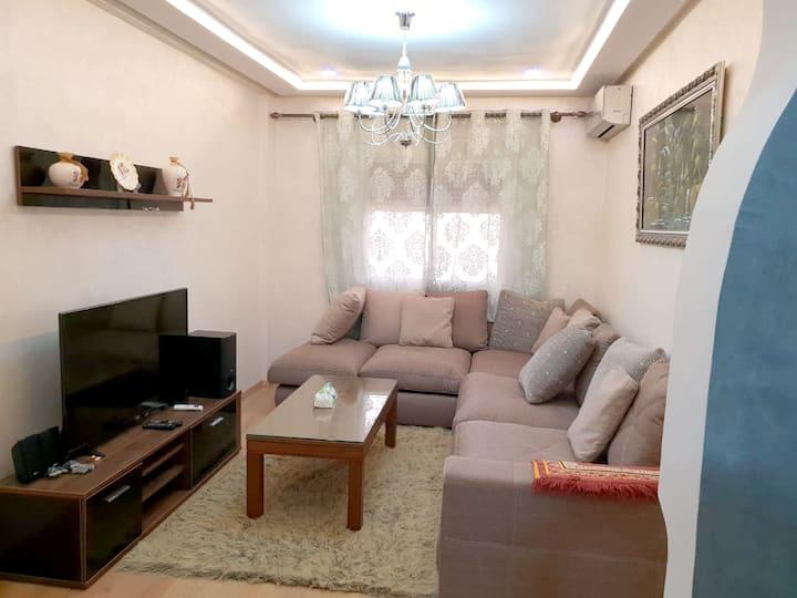 Apartamento de 2 habitaciones en Meknes, con magnificas vistas de la ciudad, jardín amueblado y WiFi - a 140 km de la playa