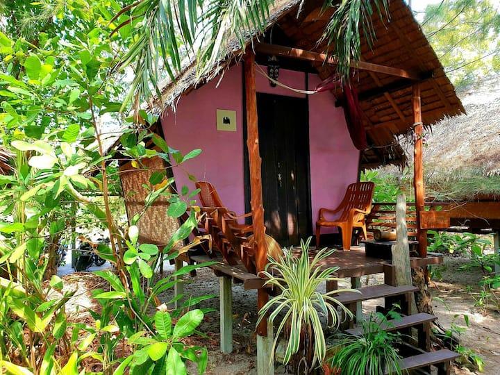 Sabai Sabai Beach Hut 2