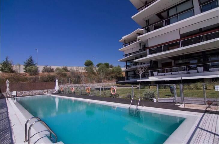 Vivienda diseño +parking y piscina - Boadilla del Monte - Pis