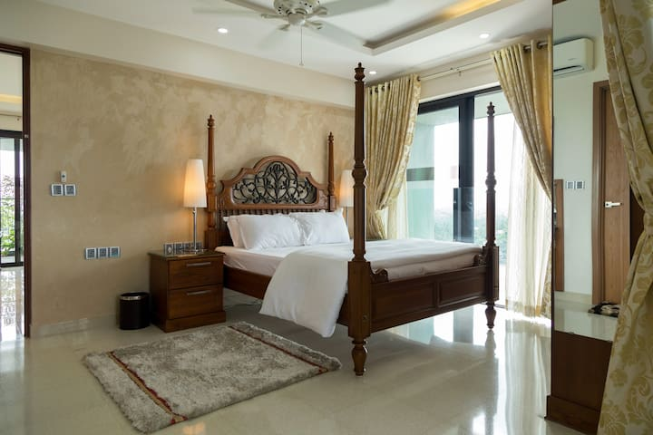 Classic Room at Sherly's - Ernakulam - Wohnung