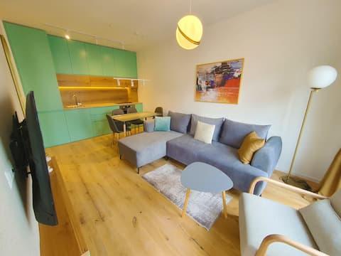 Luxury Green Apartment
