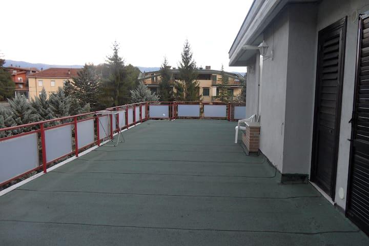 Accogliente e confortevole APPARTAMENTO VACANZE - Castel di Sangro - Appartement